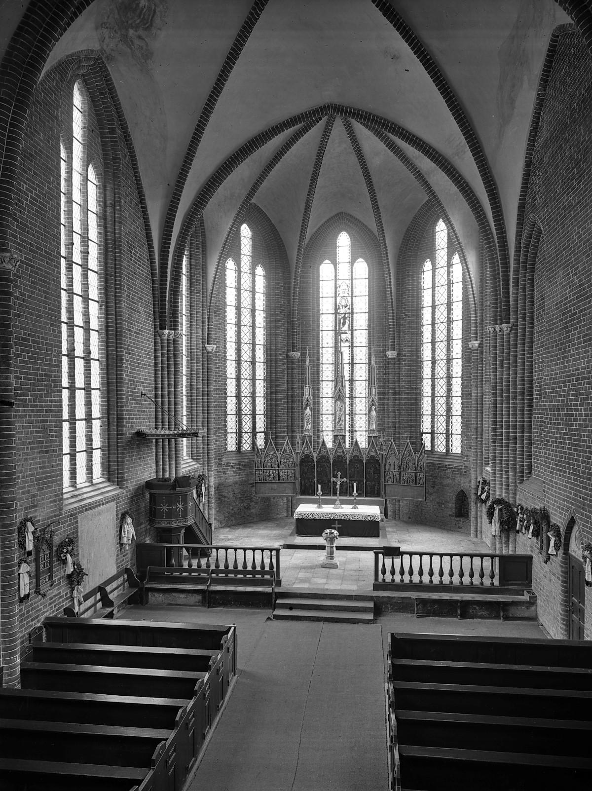 Klosterkirche, Inneres nach Osten, Foto 1929